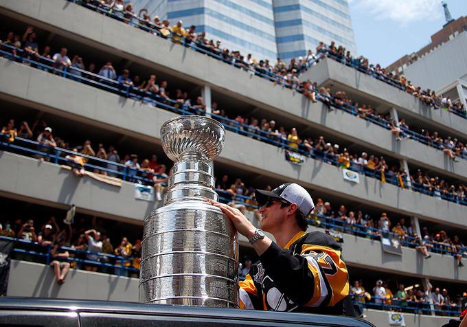 Чемпионский парад Питтсбурга посетили 375 тысяч человек