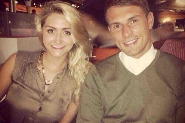 Топ-10 самых популярных подруг британских футболистов во время Евро