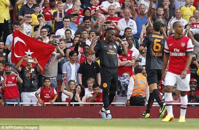 Дрогба про победу Арсенала: мышки рады, пока кошка далеко