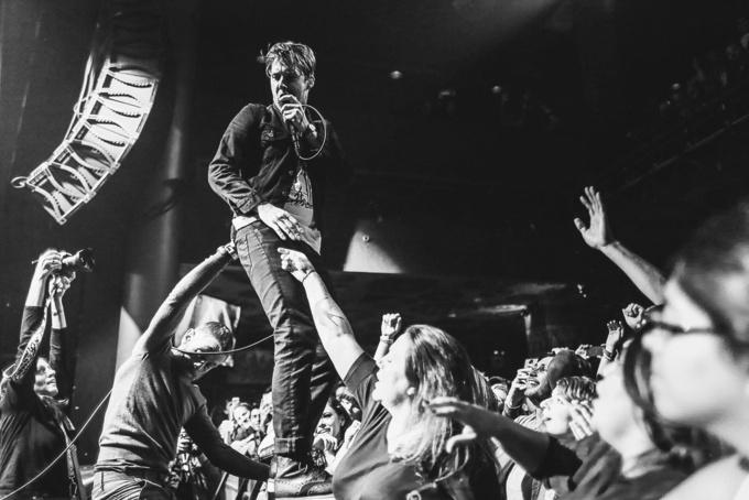 Британская рок-группа может сменить название в честь защитника Лидса