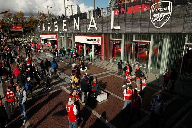 """Арсенал будет """"забирать"""" сезонные абонементы"""