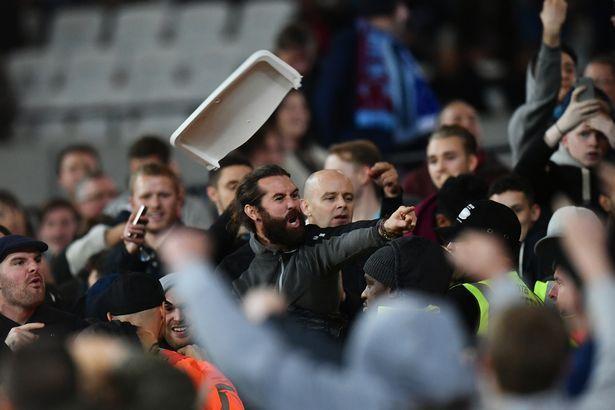 Фаны Вест Хэма и Челси устроили разборки на Олимпийском стадионе