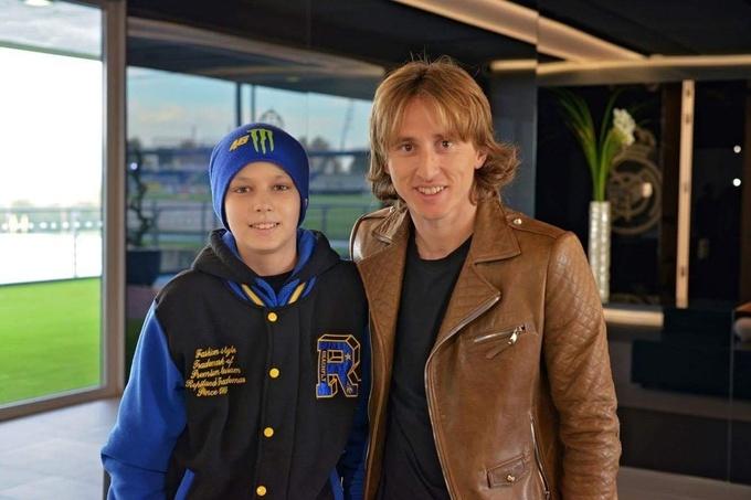 Срна помог страдающему лейкемией украинскому мальчику встретиться с Роналду