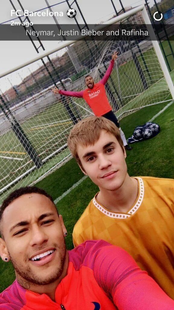 Джастин Бибер посетил тренировку Барселоны