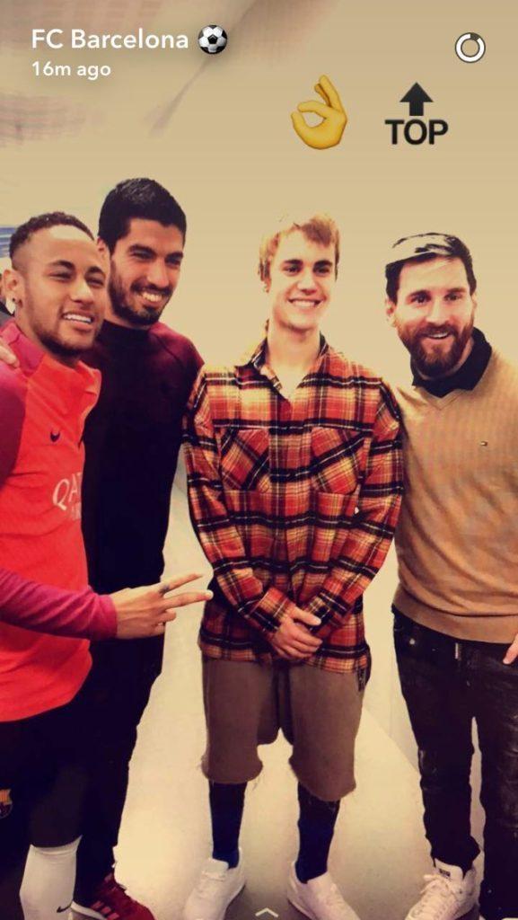 С детства за Реал: Бибер встретился с Рамосом после тренировок с Барселоной