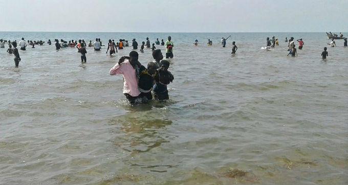 В Уганде утонула футбольная команда с болельщиками