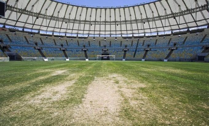 Легендарный стадион Маракана заброшен
