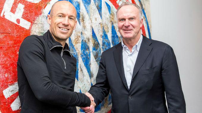 Роббен продлил контракт с Баварией