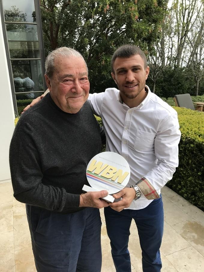 Ломаченко получил награду лучшему боксеру года