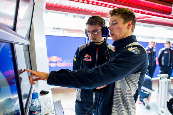 Формула 1: Райкконен показал лучшее время во второй день тестов