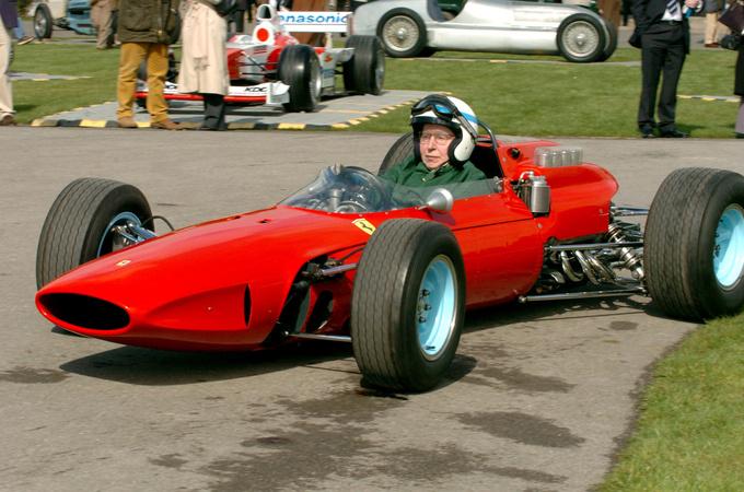 Умер Джон Сертиз, который становился чемпионом мира в Формуле-1 и в мотогонках