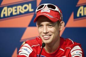 MotoGP. Стоунер обвиняет Капиросси