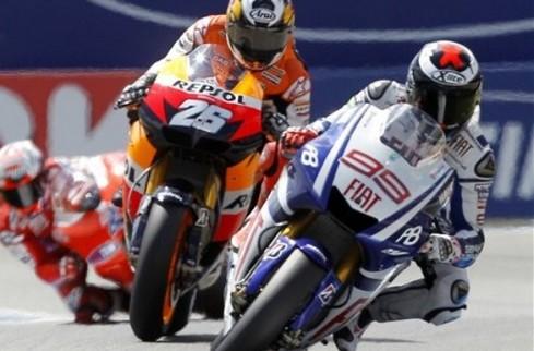 MotoGP. Гран-при Каталонии. Лоренсо - первый
