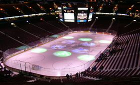 �������� ����� ������ �� Rogers Arena