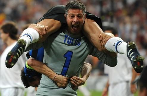 Экс-кипер сборной Италии завершил карьеру