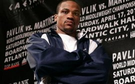 Джонс намерен выйти на ринг против Берто