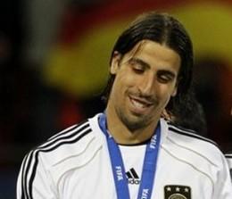 Штуттгарт опровергает переход Хедира в Реал