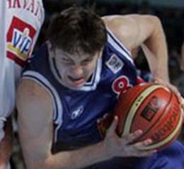 Евгений Воронов стал игроком Динамо
