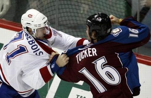 Топ-десятка провокаторов и грубиянов НХЛ. Видео