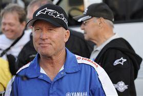 MotoGP. Робертс защищает переход Росси