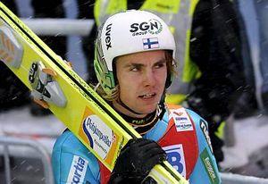 Финский двоеборец выиграл два турнира по прыжкам с трамплина
