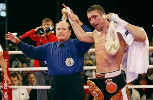 Сенченко отстоял титул WBA