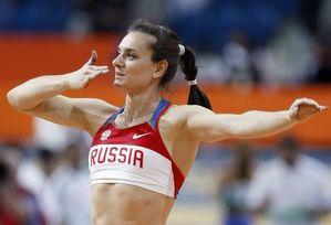 """Исинбаева: """"Моему тренеру приходится меня сдерживать"""""""