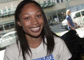 Трехкратной чемпионке мира в беге на 200 метров одной дистанции мало