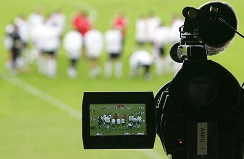 Этот день в истории футбола. Игра на ТВ