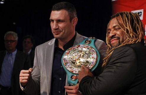 """Кличко: """"Я чемпион мира, и собираюсь им остаться после боя с Бриггсом"""""""