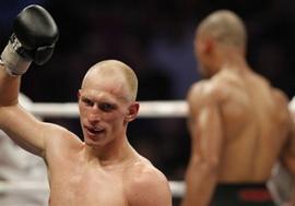 Влодарчик отстоял титул  WBC, Кудрявцев уступил Мюррею