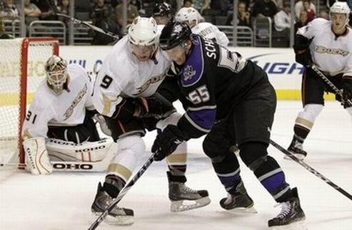 НХЛ. Предсезонные матчи. Короли выносят Уток