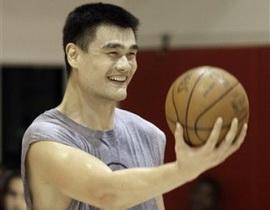 Яо Мин рад возвращению в игру