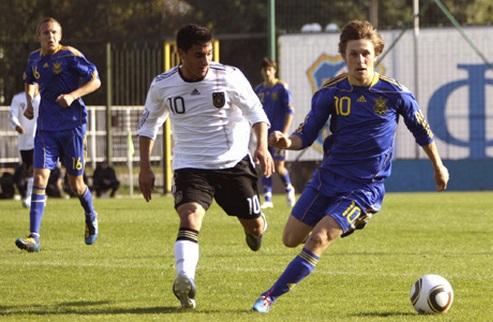 Юношеская сборная Украины уступила немецким сверстникам