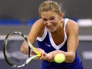 Гонка WTA: Азаренко в десятке, Возняцки в отрыве