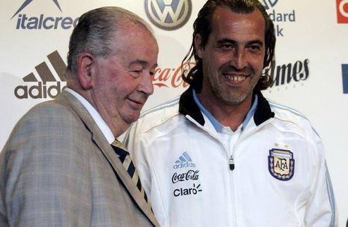 Батиста заключил контракт с Аргентиной