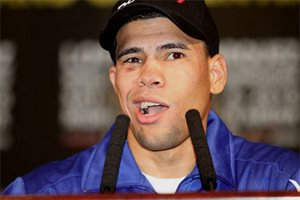 Маркес получил от чемпиона согласие на реванш