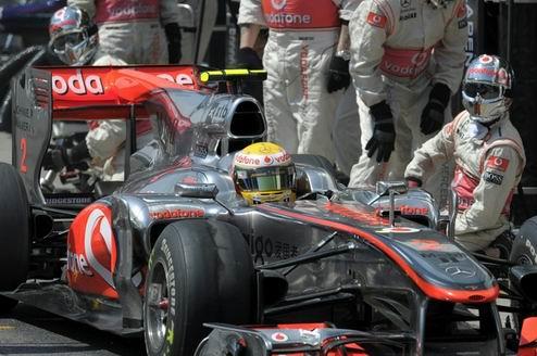 Гран-при Абу-Даби. Вторая практика осталась за Хэмилтоном