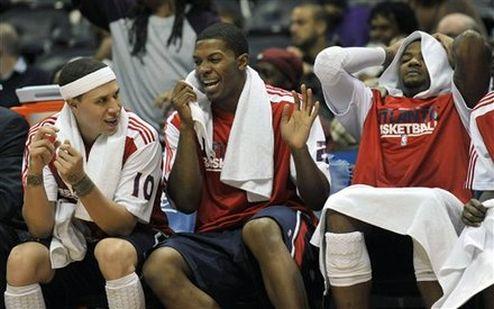 НБА. Убедительные победы Атланты и Клипперс