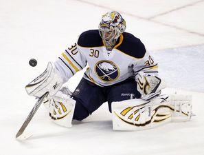 НХЛ. Миллер признан первой звездой дня