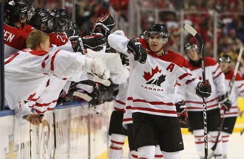 Молодежный ЧМ: Финляндия и Канада — 15 шайб на двоих