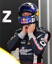 Култхард будет гоняться до 2012-го