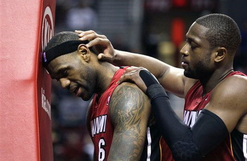 НБА. Майами дожимает Портленд в овертайме, Лейкерс огорчают Никс