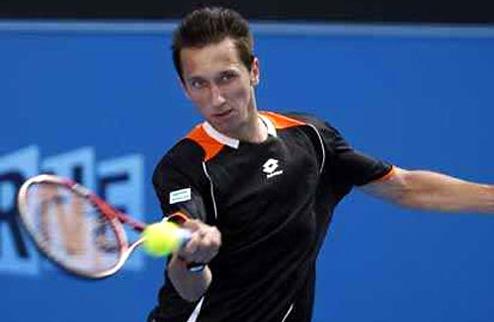 Стаховский вышел во второй раунд турнира в Сиднее