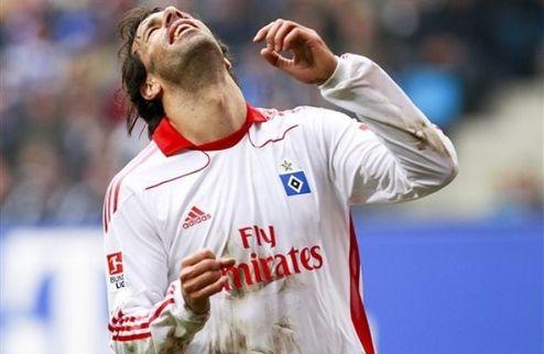 Ван Нистельрой требует отпустить его в Реал