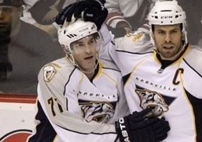 НХЛ. Дюмон признан первой звездой дня