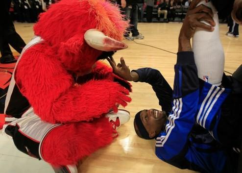 НБА. Огастин и Роуз обыгрывают Филадельфию и Даллас