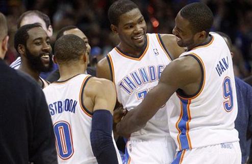 НБА. Победный бросок Дюранта, волевые победы Вашингтона и Детройта
