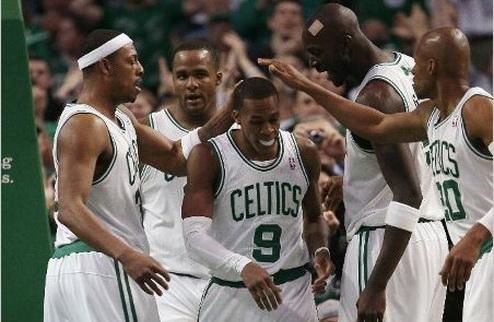 НБА. Нью-Йорк мстит 76-м, Майами громит Клипперс, Мэджик уступают Бостону