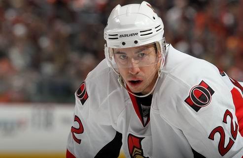 НХЛ. Форвард Оттавы обменян в Бостон